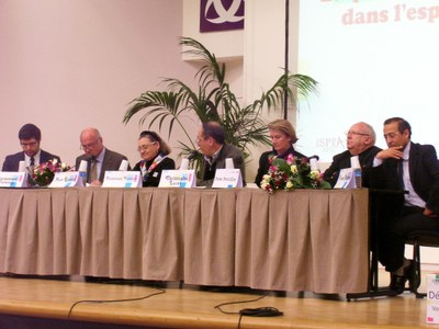 67 Table Ronde
