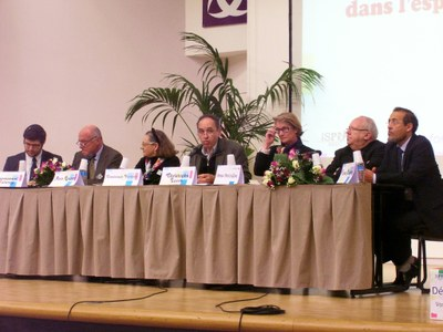 70 Table Ronde